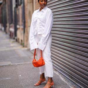 c33c474d8e8456 Shopping : quelle couleur de sac à main va-t-on porter cet été ? Les  chaussures parisiennes idéales pour ...