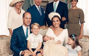 Les Cambridge au complet sur les photos officielles du baptême du prince Louis