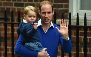 Le prince George, portrait craché de son père sur une photo de 1984