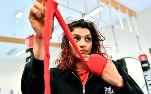 Sadaf Khadem, la première boxeuse d'Iran à monter sur un ring