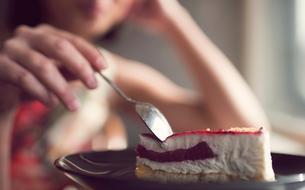 Déprime et chocolat… Comment se libérer de la faim liée aux émotions ?
