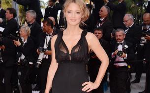 La petite robe noire, la valeur sûre de Virginie Efira sur le tapis rouge