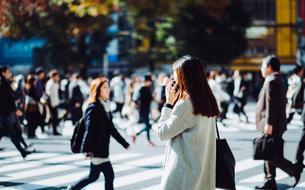 Six astuces pour se muscler en marchant