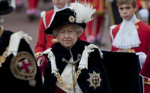 Elizabeth II déchoit Harvey Weinstein du titre de
