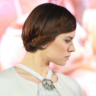 Quinze Chignons De Stars Dont S Inspirer Pour Les Fetes De Fin D Annee Madame Figaro
