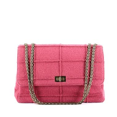 ca2cd8a556 Photo presse Collector Square Les multiples visages du sac à main 2.55 de  Chanel
