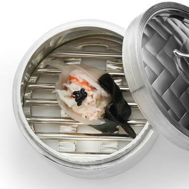 Ravioli aux crevettes et à l'encre de seiche