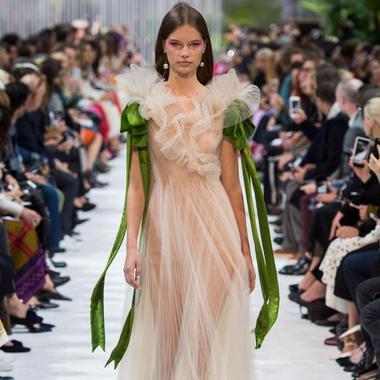 Les Robes Du Soir Printemps Ete 2018 Ou Le Sacre De La Feminite Madame Figaro