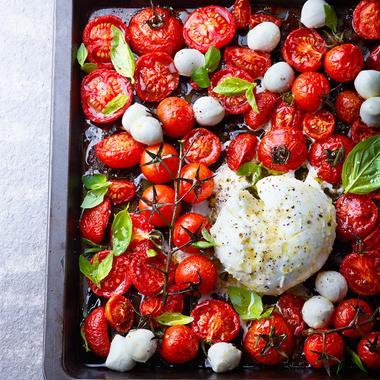 Salade de tomates rôties et burrata