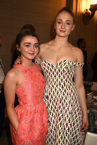 """Frange is coming"", la métamorphose des sœurs Stark après ""Game of Thrones"""
