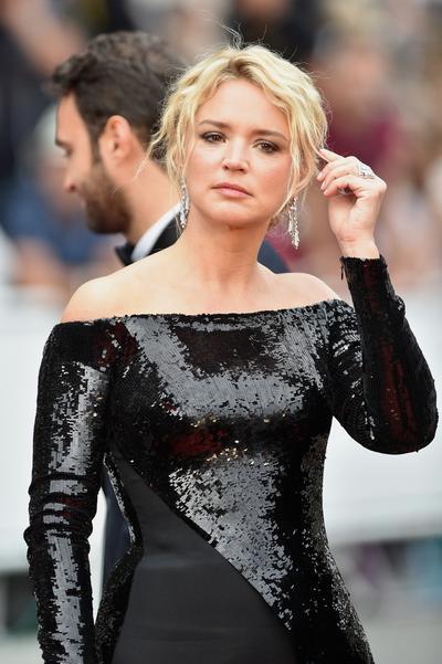 L'incident de sandales de Virginie Efira sur le tapis rouge de Cannes