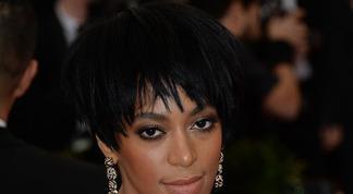 Jay-Z agressé par la sœur de Beyoncé
