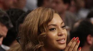 Beyoncé donne 7 millions de dollars à la ville de Houston