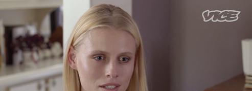 Lauren Wasser, le mannequin amputé à cause d'un tampon, revient sur son quotidien