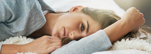 Quels sont les effets du manque de sommeil sur la peau ?