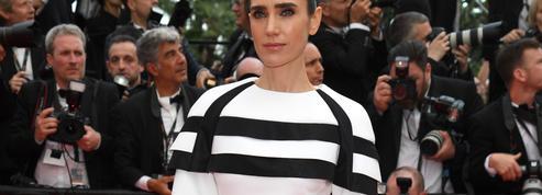 Jennifer Connelly mise sur le minimalisme pour éclipser Emilia Clarke