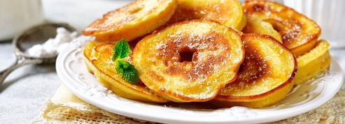 Beignets d'ananas et de pommes
