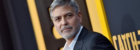 Arnaque à l'italienne : un couple d'escrocs se faisant passer pour George Clooney arrêté