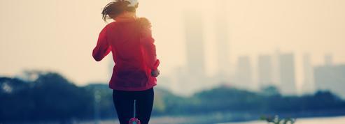 Cinq règles à respecter pour se protéger de la pollution lorsque l'on court en ville