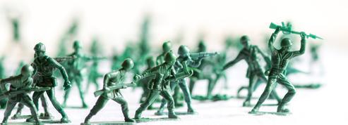 À 6 ans, elle demande à une entreprise de fabriquer des figurines de femmes soldats