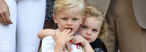 Les jumeaux d'Albert et Charlene de Monaco en 19 photos irrésistibles