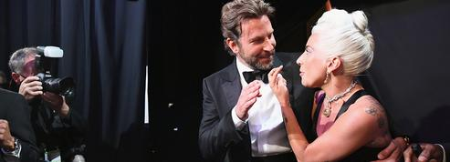 Lady Gaga et Bradley Cooper en couple, une vaste supercherie médiatique