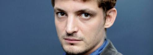 Niels Schneider dans la peau du reporter Paul Marchand :