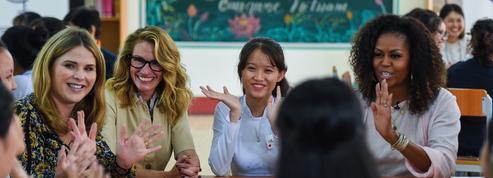 Michelle Obama et Julia Roberts réunies en Asie pour promouvoir l'éducation des jeunes filles