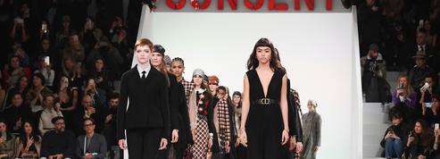 Au défilé Dior, Maria Grazia Chiuri déroule son journal intime et inspiré