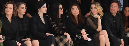 Cara Delevingne, Karlie Kloss, Demi Moore... Les personnalités au premier rang du défilé Dior à Paris