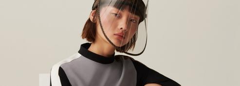Louis Vuitton signe une visière de protection ultraluxe