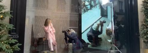 Balmain offre un spectacle mode gratuit en plein Paris