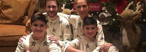 Comment le pyjama assorti s'est imposé comme tenue de Noël cette année