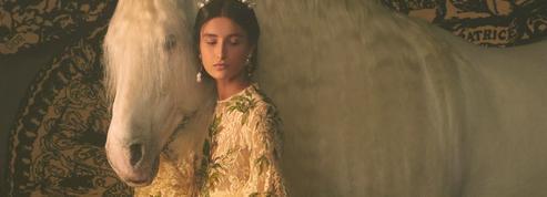 Le Papesse, le Diable, le Fou... Dior tire les cartes dans un mystique défilé haute couture