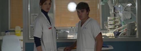 Avec Karine Lacombe et Louise Bourgoin, au cœur de l'hôpital en temps de crise