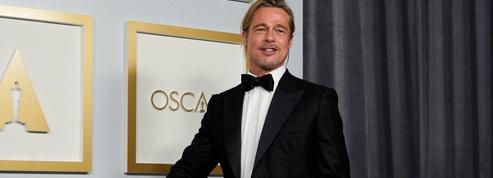Brad Pitt et son chignon sont-ils les vraies stars des Oscars 2021 ?