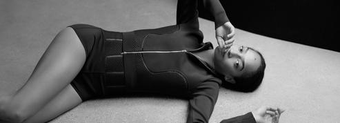 Alaïa lance sa collection en maille Relax, anti-stress et ultraflexible