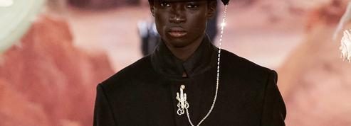Les douze bijoux phares à retenir des défilés homme printemps-été 2022