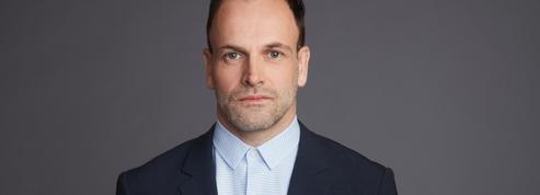 Jonny Lee Miller, l'ex-mari d'Angelina Jolie, jouera le premier ministre dans la saison 5 de