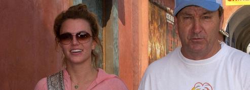 Britney Spears demande officiellement que sa tutelle soit retirée à son père