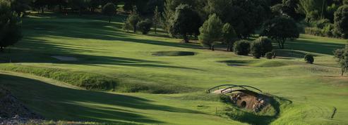 Entre oliviers et chênes-lièges, le golf de Nîmes Vacquerolles fait l'unanimité