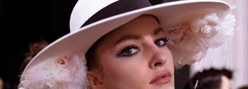 Dix-huit façons d'accessoiriser sa coiffure de mariée avec originalité