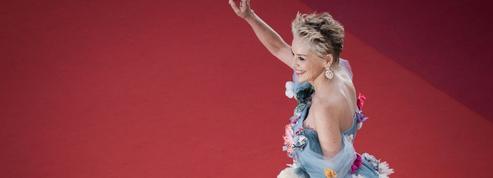 L'apparition surprise de Sharon Stone, acclamée sur les marches du Festival de Cannes