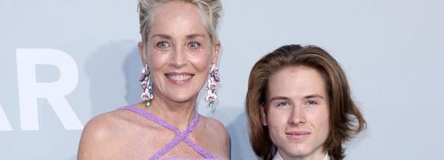 Gala de l'AmfAR : Sharon Stone arrive avec son fils aîné à la soirée la plus courue du Festival de Cannes