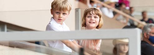 Jacques et Gabriella de Monaco font leur rentrée des classes sans leur mère, la princesse Charlène