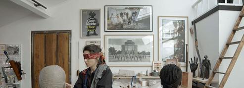 Sculpter les yeux bandés : Prune Nourry, ou l'art de toucher juste