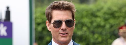 Visage bouffi, Tom Cruise apparaît méconnaissable lors d'un match de base-ball