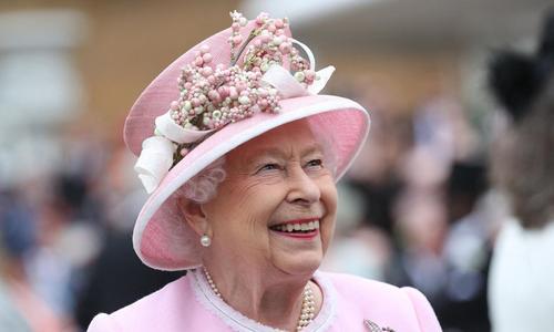 Et le film préféré de la reine Elizabeth II est…