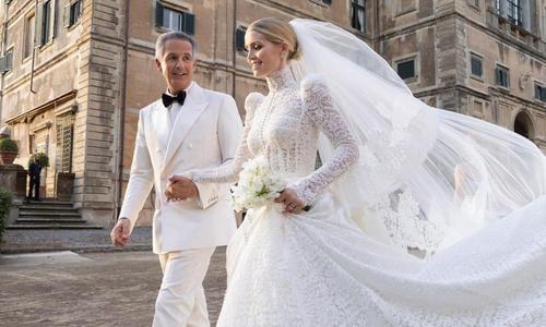 Les 5 robes spectaculaires de Kitty Spencer, la nièce de Lady Di, pour son mariage avec un multimillionnaire