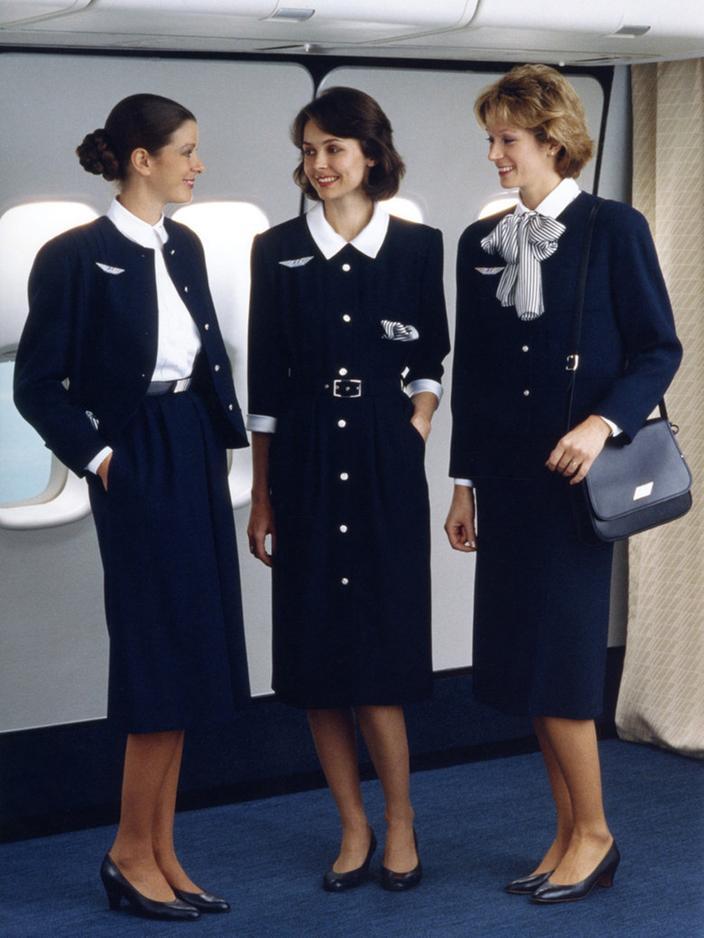 Air France 85 Ans D Uniformes Et D Elegance Francaise Madame Figaro